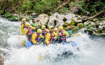rafting on the raoid alfeios river